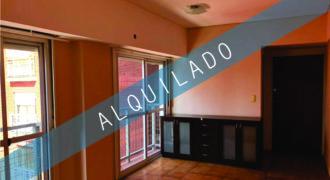 ALQUILADO – DEPARTAMENTO 3 AMBIENTES EN LANUS CENTRO